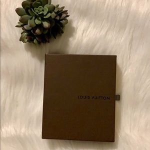 💯 Authentic Louis Vuitton Small Brown Box